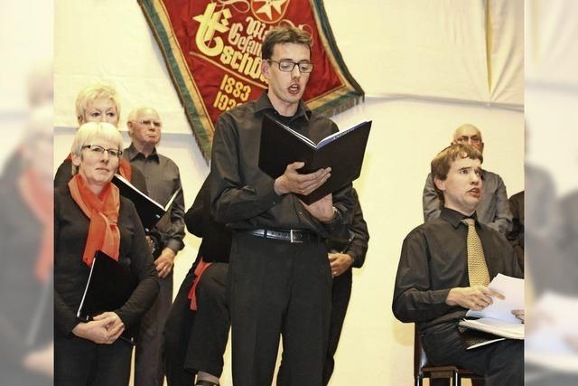 Solostimmen beeindrucken mit dem Chor gemeinsam
