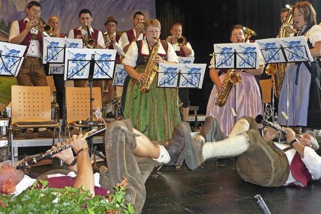 Bei der Polka gingen Solisten zu Boden