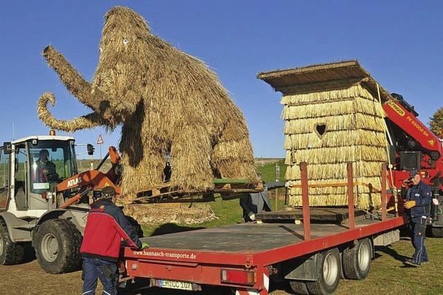 Strohskulpturen aus Höchenschwand werden in Europa-Park gezeigt