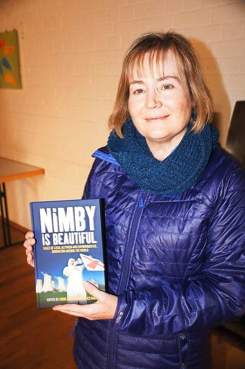 Carol Hager hat in Weisweil ihr neues Buch vorgestellt.  | Foto: Ilona Hüge