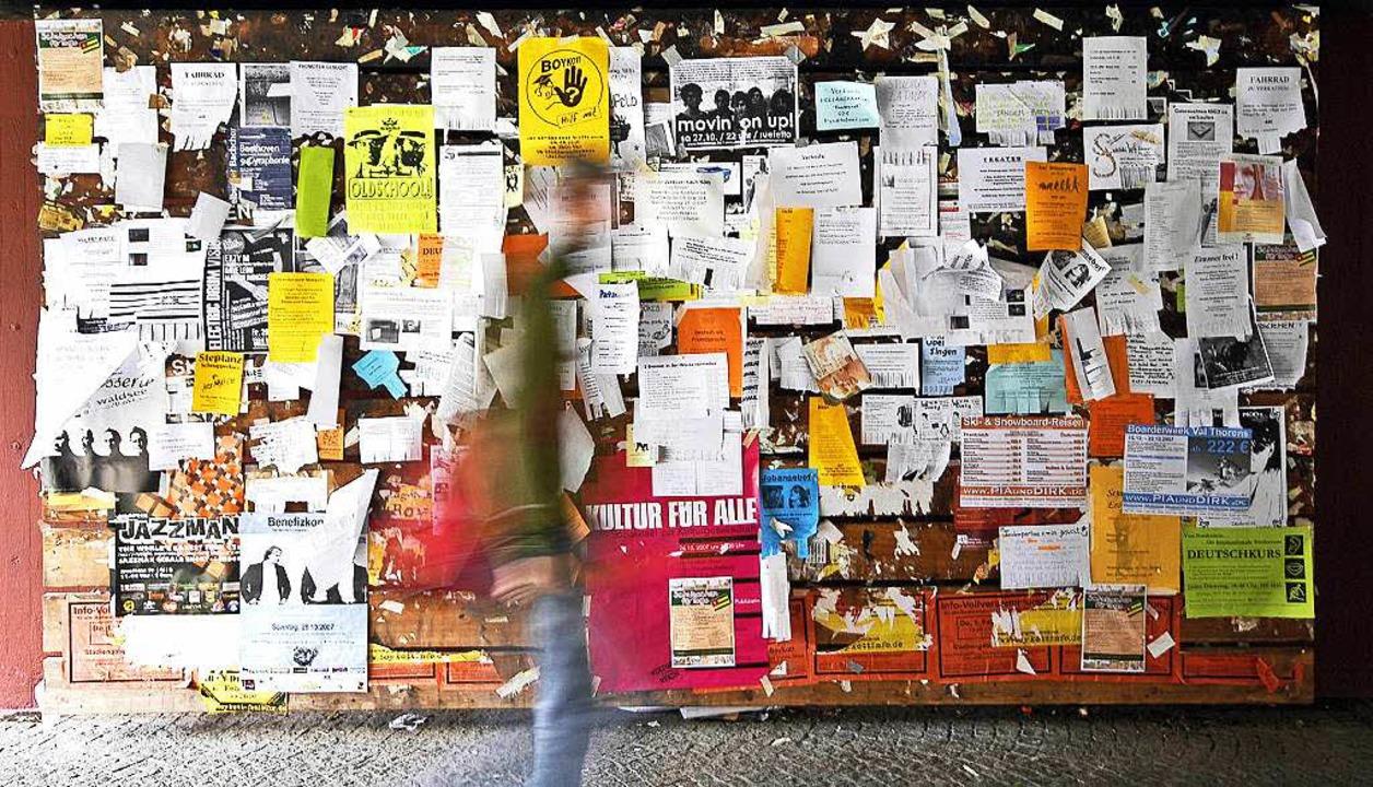 In Freiburg gestaltet sich die Zimmers...die Flüchtlingskrise noch knapper ist.  | Foto: Ingo Schneider