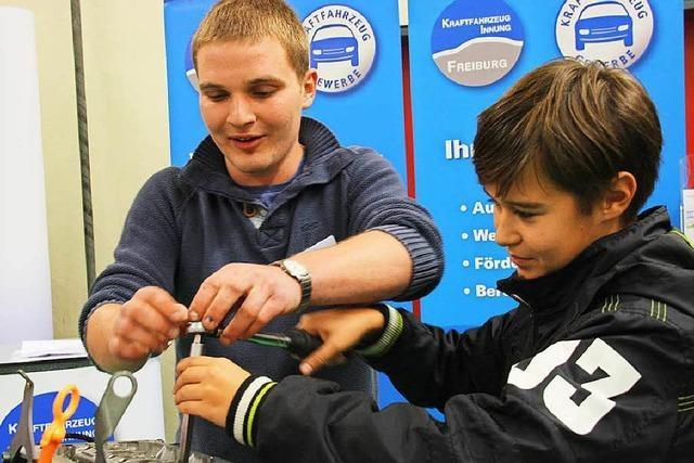 Job-Start-Börse in Endingen war ein Magnet für Schüler und Eltern