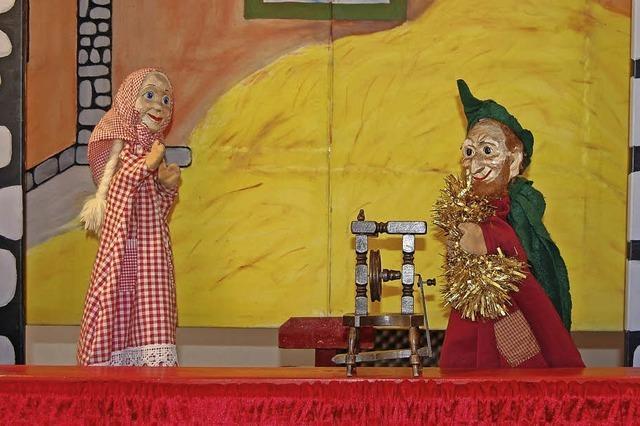 Puppenpalast mit dem Stück Kasperle im Märchenwald im Kinder- und Jugendhaus Bad Säckingen