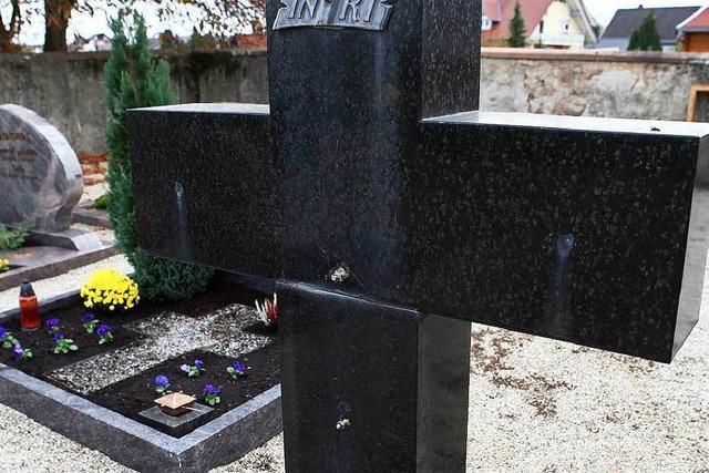 Metalldiebe plündern Friedhof in Schuttern