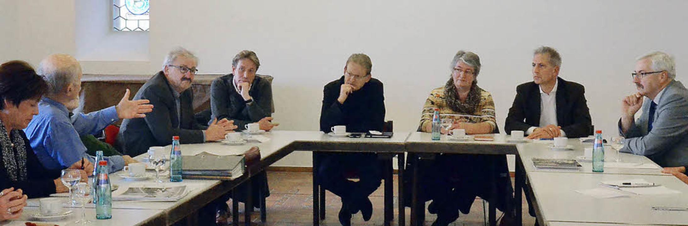 Thomas Dörflinger und Gabriele Schmidt... Leid und hoffen nun wieder auf Hilfe.  | Foto: Sebastian Barthmes