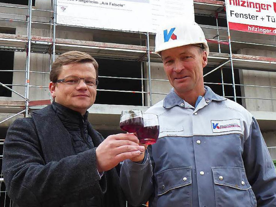 Stefan Koch und sein Polier Joachim Hauss  | Foto: Peter Stellmach