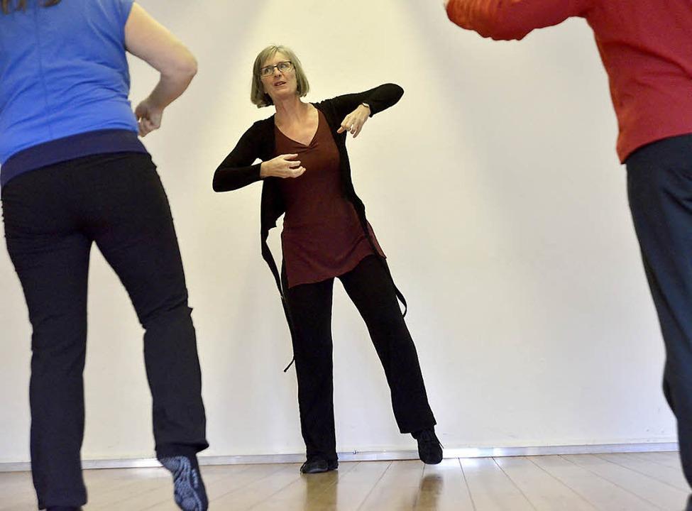 Elana G. Mannheim ist derzeit die einz... die Tanztherapie nach Krebs anbietet.  | Foto: Michael Bamberger