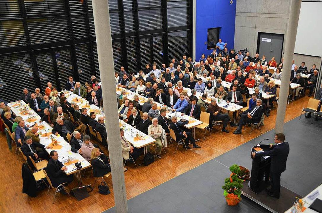 CDU-Spitzenkandidat Guido Wolf wirbt f...ene Reihen vor der Landtagswahl 2016.   | Foto: Sebastian Wolfrum