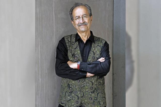 Rafik Schami liestt aus