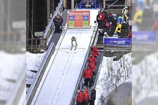 Zur Skisprungschanze in Titisee-Neustadt
