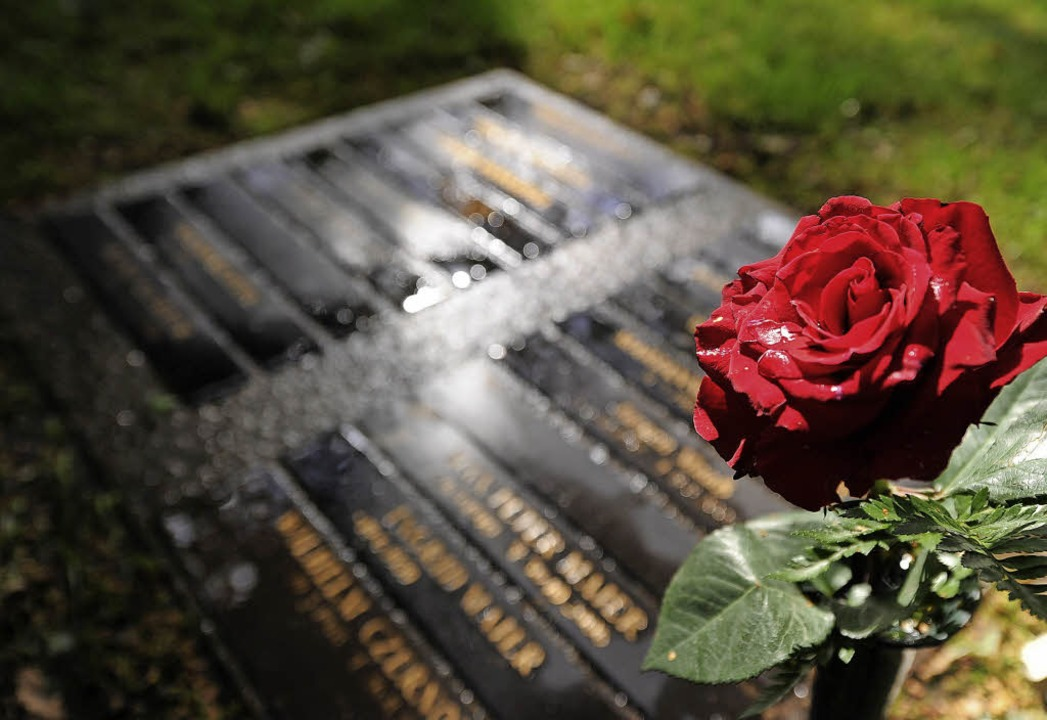 Grabsteine werden immer individueller gestaltet.    | Foto: DPA