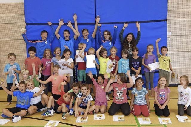 Grundschüler haben Spaß an Handball