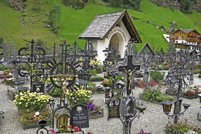 Bergfriedhöfe in der Schweiz und in Südtirol in Bernau