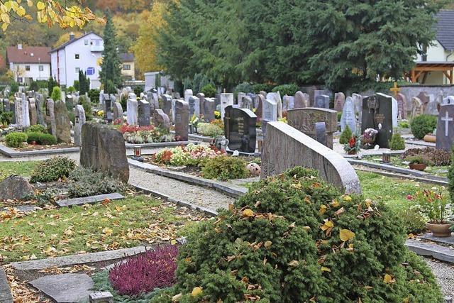 Ortschaftsräte: Der Friedhof bleibt im Dorf!