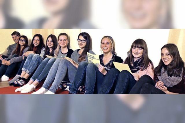 Zehn Babysitter haben jetzt ihr Babysitterdiplom