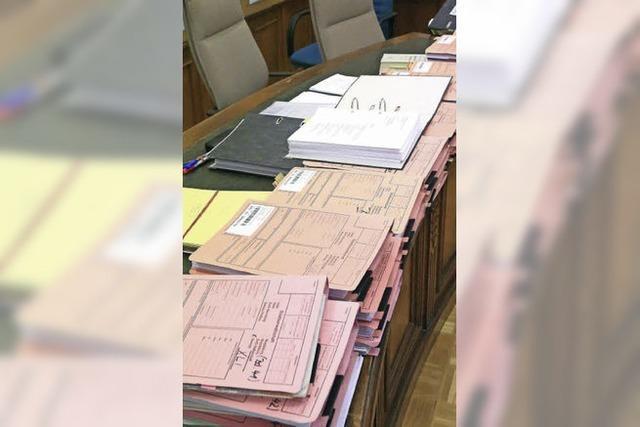Akten wälzen ist für die Gemeinderäte bald vorbei