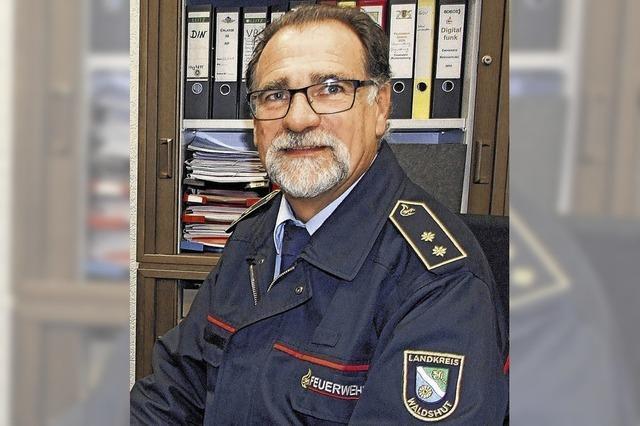 Thomas Santl ist seit fast 18 Jahren ehrenamtlich als Kreisbrandmeister im Einsatz