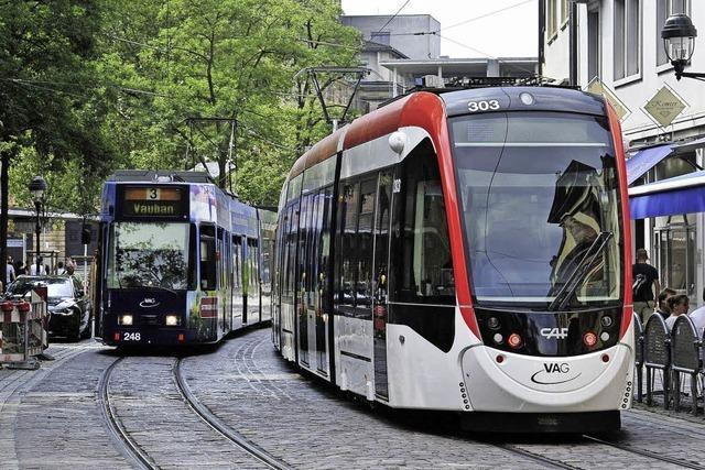 EA-Flüchtlinge fahren ab sofort kostenlos Bus und Bahn