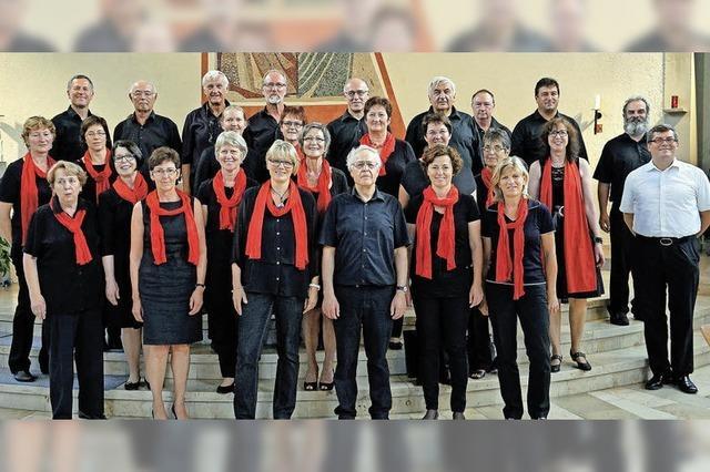 Rock- und Gospelchor und Malcolm Green in Herz-Jesu-Kirche in Stegen