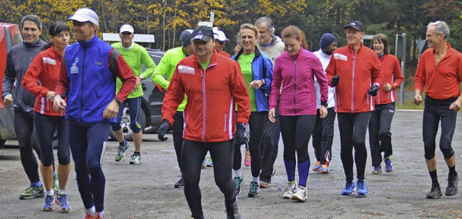 Viele sportliche Lauftreffler nahmen am eigenen Halbmarathon teil.  | Foto: norbert kriegl