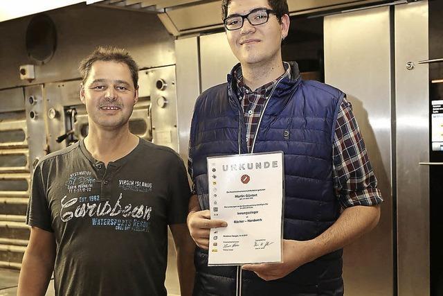 Prüfung nach zwei Jahren mit Bravour absolviert