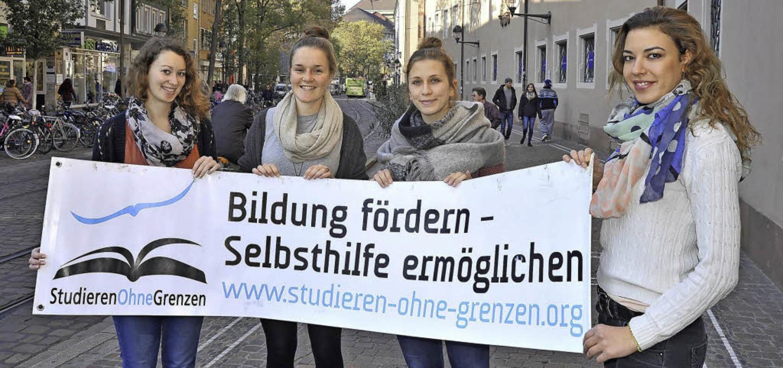 Freiburger Studentinnen für bessere Bi...la Angona, Sarah Nitsche (von links).   | Foto: bamberger
