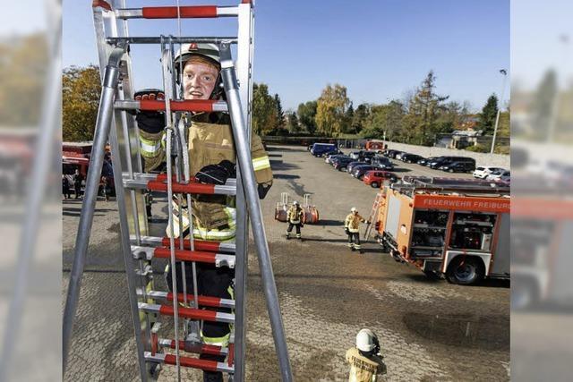 Feuerwehrleute sind nur im Team erfolgreich