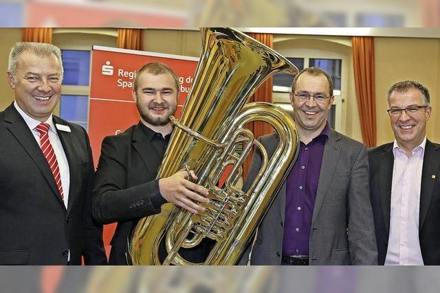 Der Musikverein erhält eine neue Tuba