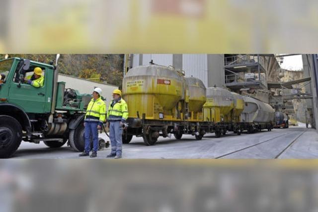 Kalkwerk Istein: Alter Bahnanschluss wurde wieder in Betrieb genommen