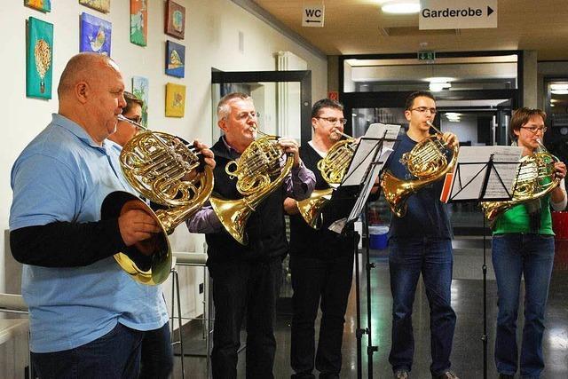 Projektorchester probt für Benefiz-Konzert
