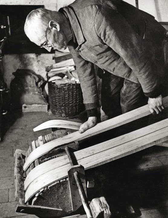 Ernst Köpfer baut »Feldberg«-Ski.   | Foto: Walther Strohmeier