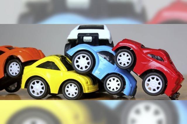 Günstiger Autofahren: Landkreis Breisgau-Hochscwarzwald wird von Versicherungen besser eingestuft