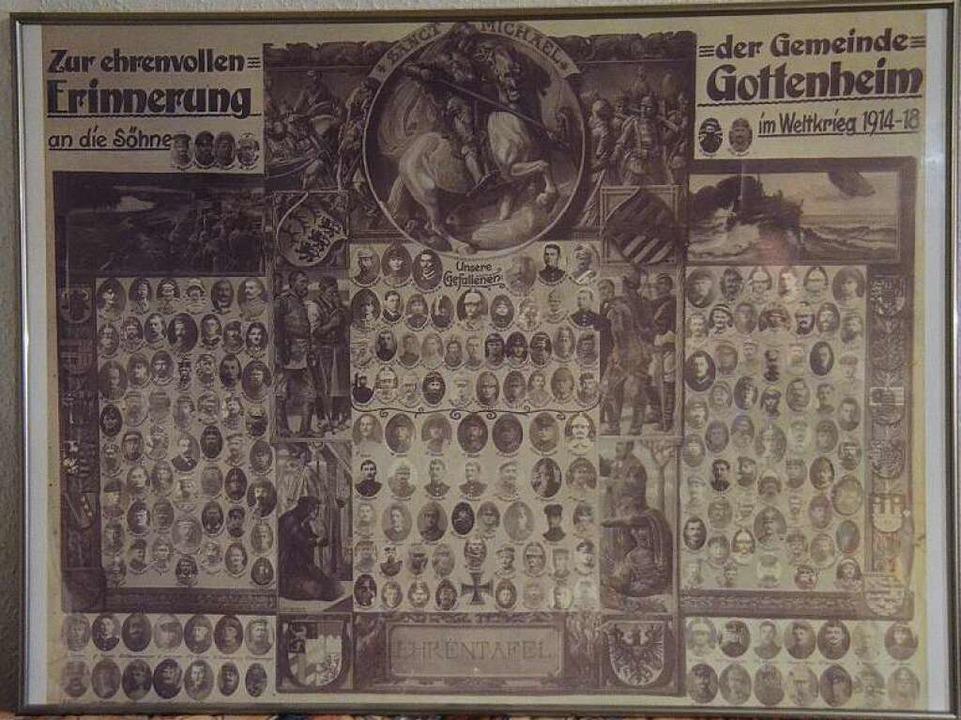 Eine Rarität ist dieses Exemplar einer.... Sie zeigt alle 219 Kriegsteilnehmer.  | Foto: Manfred Frietsch