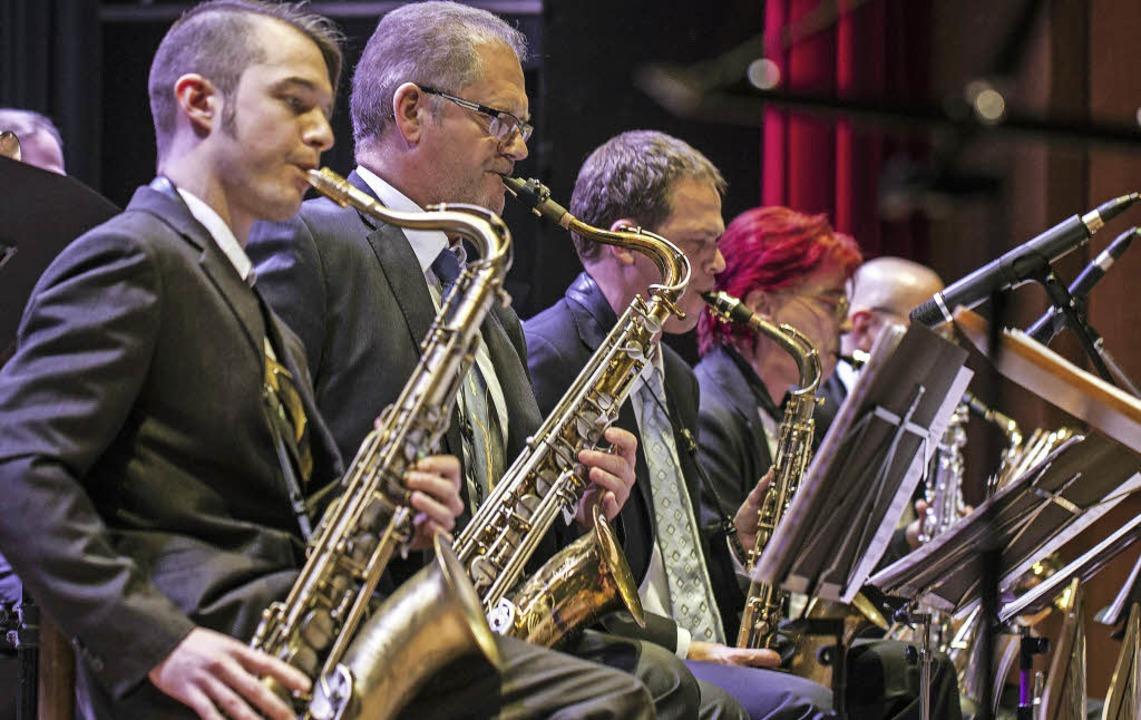 Satter Sound: Die Big Band der Jugendmusikschule in Aktion.   | Foto: Martin Hannig