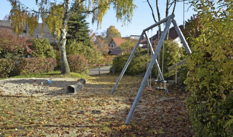 Auf der Suche nach Möglichkeiten, Flüc... den Spielplatz Birkwäldele gestoßen.     Foto: Sophia Hesser