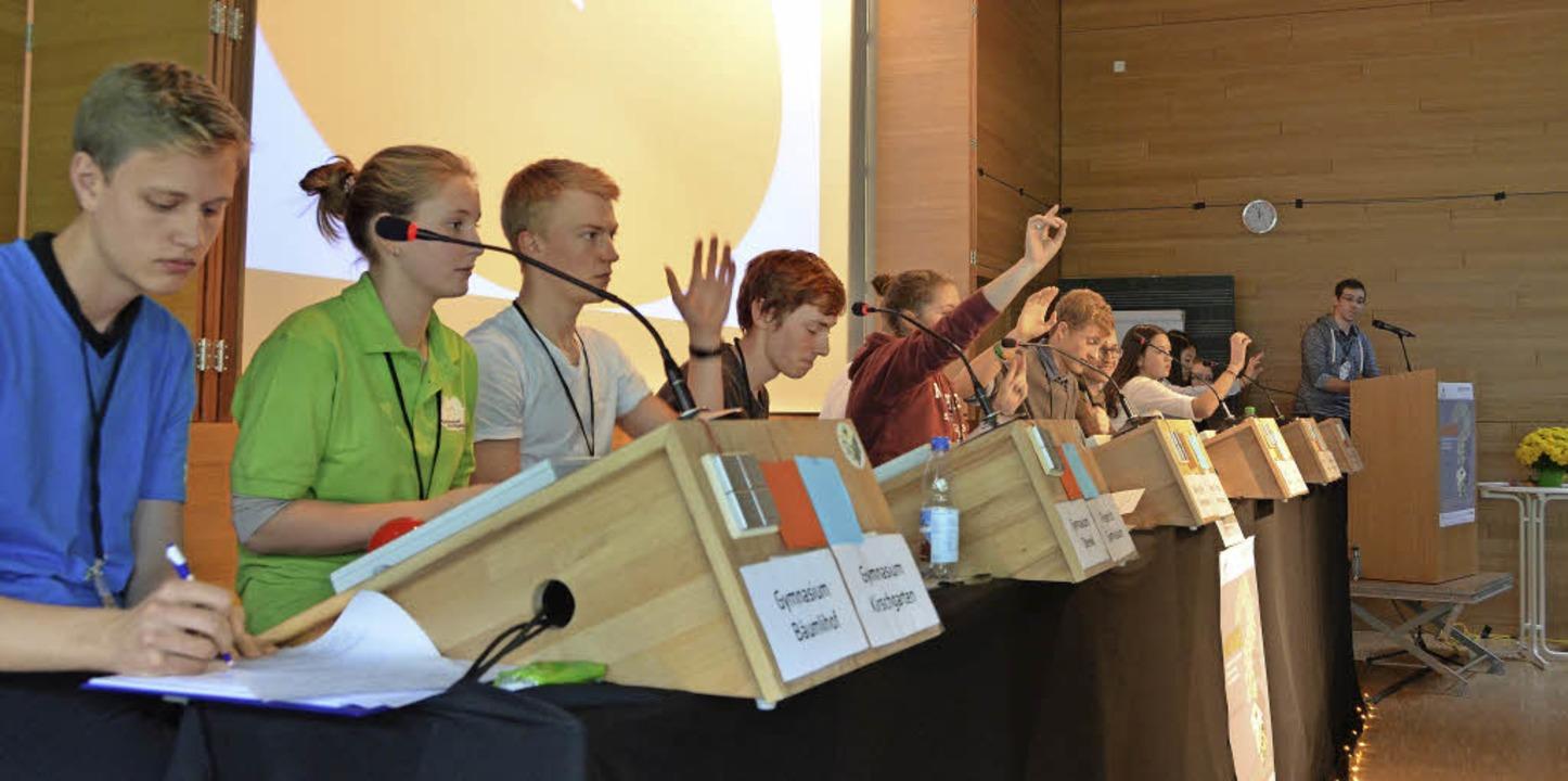 Beim Debattierwettbewerb vertraten die...ler in drei Minuten ihren Standpunkt.     Foto: Maldacker