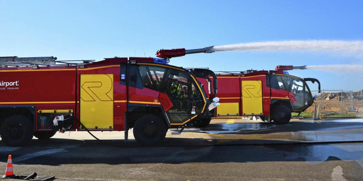 Zweieinhalb Millionen Euro hat der EAP... neue Feuerlöschfahrzeuge investiert.   | Foto: Annette Mahro