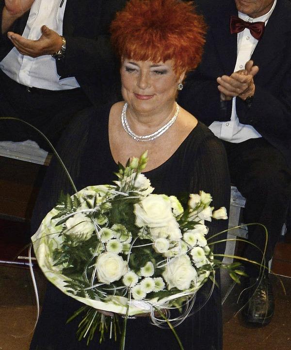 Mit einem Doppelkonzert verabschiedete...langjährige Dirigentin  Ibolya Barla.     Foto: Georg Diehl