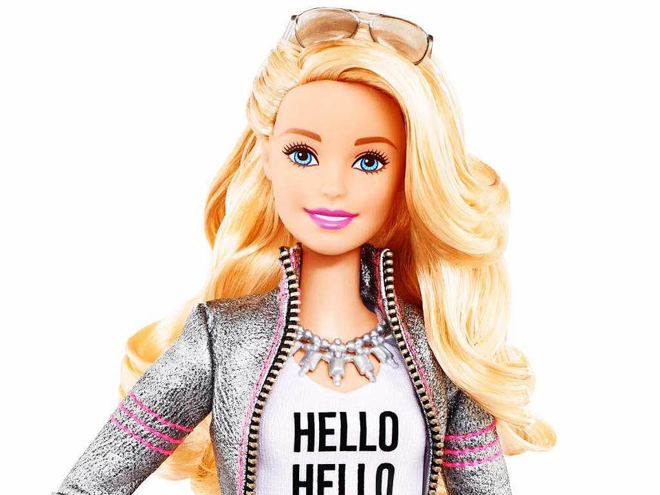 """Hello Barbie""sieht aus wi...ale Barbie – kann aber sprechen.    Foto: dpa"