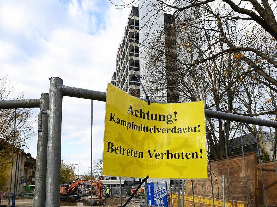 Im Institutsviertel nahe Freiburgs Inn...in Blindgänger unter der Straße liegt.  | Foto: IngoSchneider