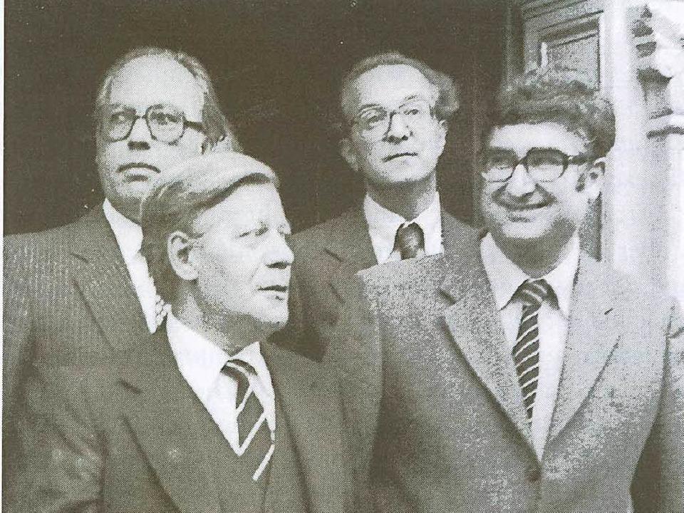 Er war per Misstrauensvotum gerade ers...echts) im Oktober 1982 Wahlkampfhilfe.    Foto: Stadtarchiv Freiburg