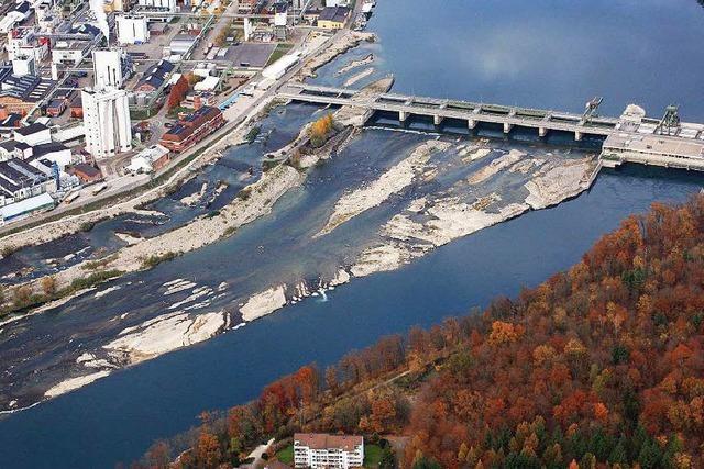 Der Rhein führt besorgniserregend wenig Wasser