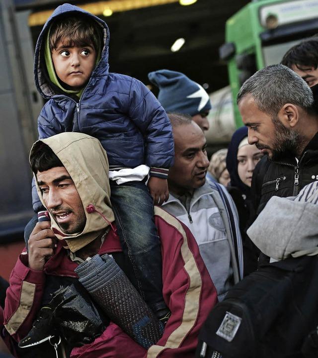 Diese Flüchtlinge haben in Griechenlan...die Dublin-Regel wohl weiterhin nicht.  | Foto: dpa