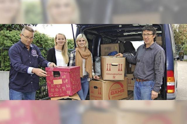 25 Kartons mit Spenden fürs Ursulaheim