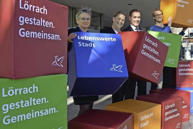 Bunte Würfel rollen für Bürgerbeteiligung am Leitbild Lörrach