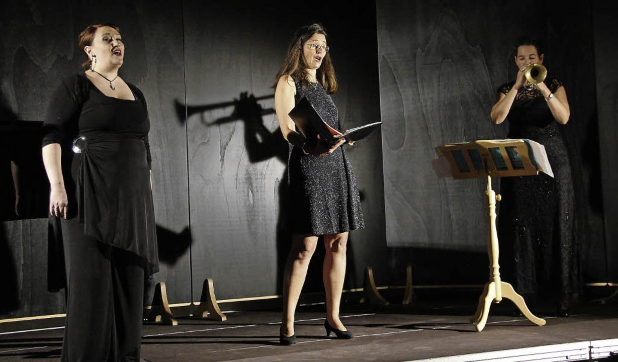Liefen beim Galaabend zur Bestform auf..., Frauke Hofmann und Diana Bauchinger.  | Foto: Sabine Model
