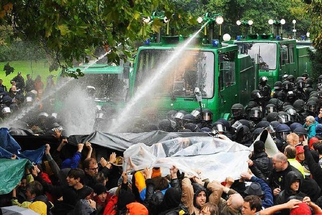 Gericht: Polizeigewalt gegen Stuttgart-21-Demonstranten rechtswidrig