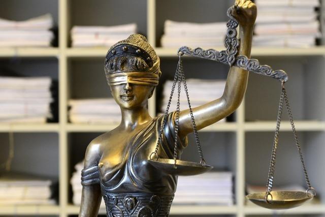 Suspendierter Polizist lässt Prozess vor dem Amtsrichter platzen