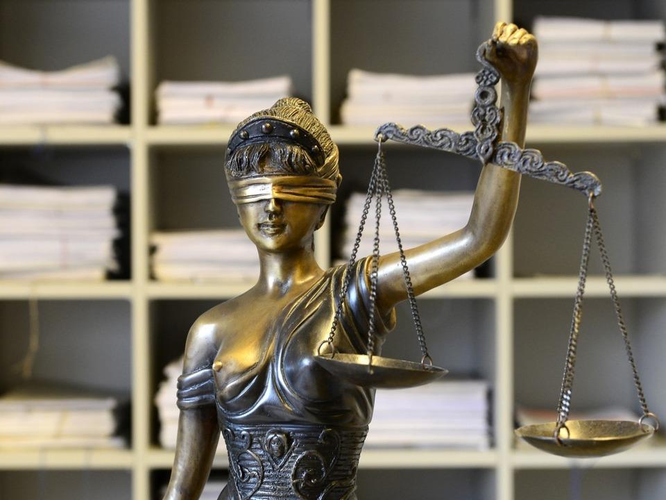 Der Angeklagte kam nicht zur Verhandlung.  | Foto: Ingo Schneider