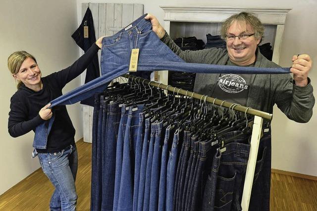 """Startup""""Fairjeans"""" aus Freiburg liefert Hosen in die ganze Welt"""